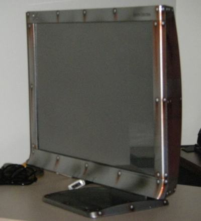 22-inches iZ3D LCD monitor