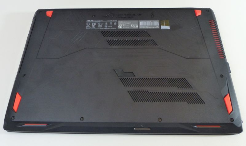 ASUS ROG Strix GL553VD Gaming Notebook