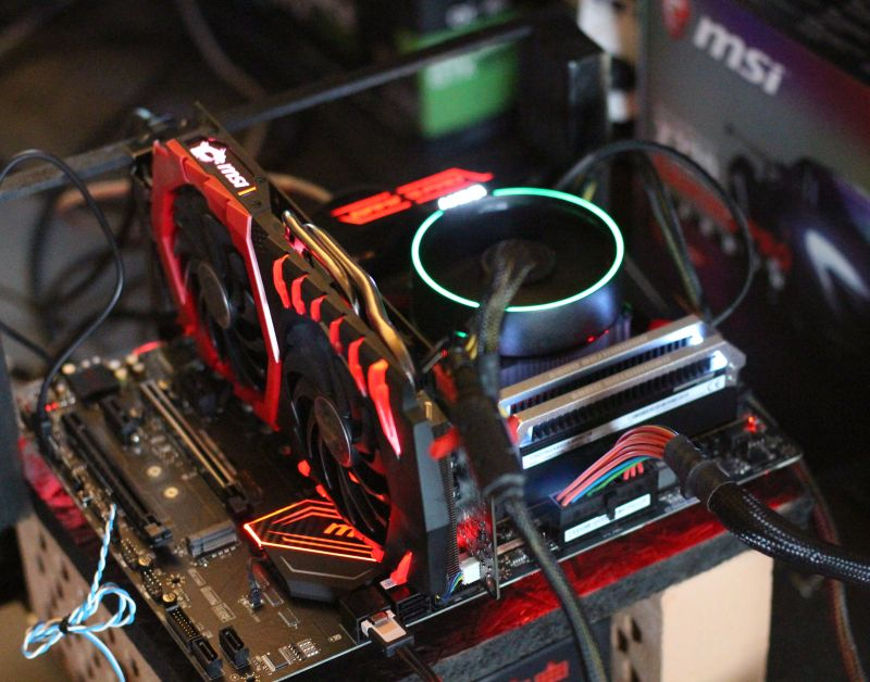 New Testbed: MSI X370 Gaming Pro Carbon + AMD Ryzen 7 1700 | Geeks3D