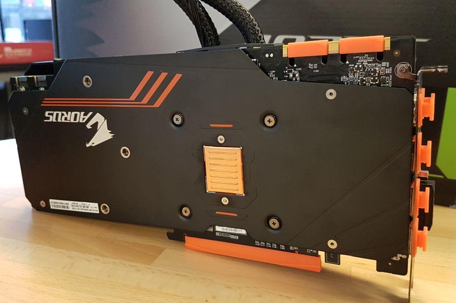 AORUS GeForce GTX 1080 Ti Waterforce Xtreme Edition