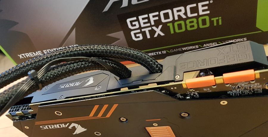 AORUS GeForce GTX 1080 Ti Waterforce Xtreme Edition