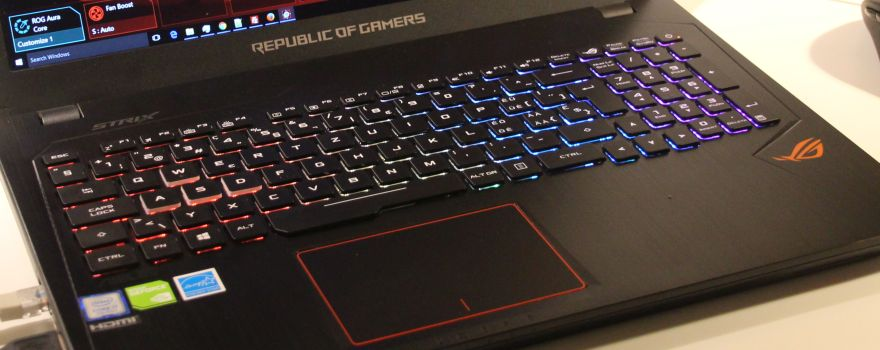 ASUS ROG Strix GL553VD Gaming Notebook Review (Core i7