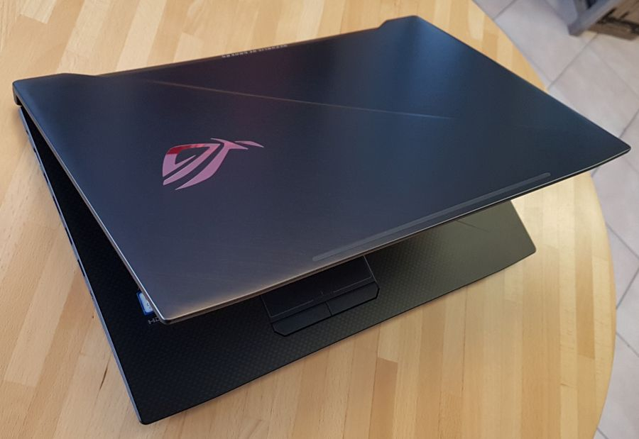 ASUS ROG Strix GL703G SCAR Edition Gaming Notebook